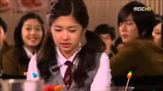 kiss kiss kim hyun joong ( Playful Kiss)