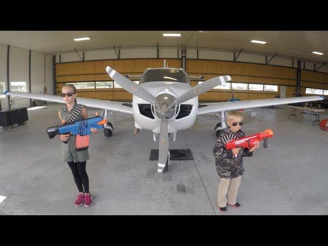 Nerf War: Airplane Rescue