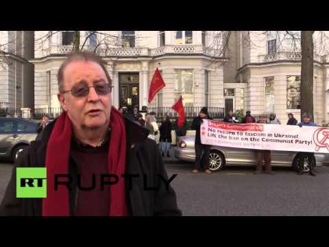 UK: Protesters slam Ukraine for banning communist party