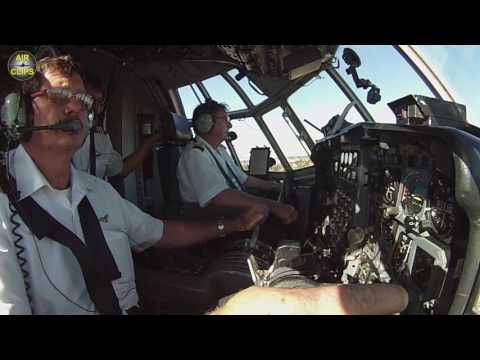 MUST SEE! Lockheed Hercules L100-30 (C-130/L-382G) Cockpit Landing: Safair, Johannesburg [AirClips]