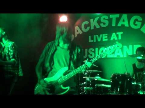 BELLE HAVEN - The Looking Glass @ Musicland, February 2015
