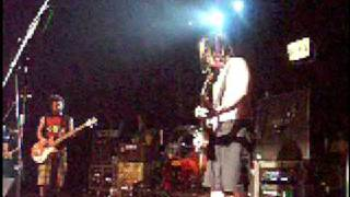 NOFX-LIVE Eric Melvin F's up the begining of the new song....