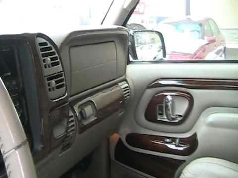 Interior 1999 cadillac escalade doovi for 1999 cadillac escalade interior