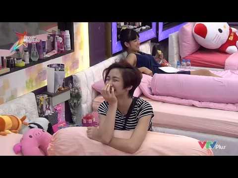 Hòa Minzy nhận quà Sinh Nhật của người yêu gửi