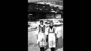 DRUŽINA - Kot som ja mauá bívaua; Padá dižď (Slovak Folk Songs)