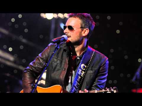 ERIC CHURCH ANNOUNCES 'THE OUTSIDERS WORLD' TOUR