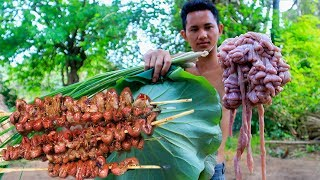 Primitive Technology with Survival Skills Cooking Pig