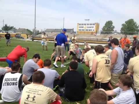 New York Giants assistant coach Pat Flaherty teaching pass blocking during the Mason Dixon Linemen C
