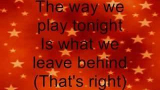 High School Musical 3- Now or Never (lyrics)