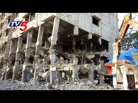 GHMC Begins Demolition Of 4 Storey Building In Gachibowli | Hyderabad | Telugu News | TV5 News
