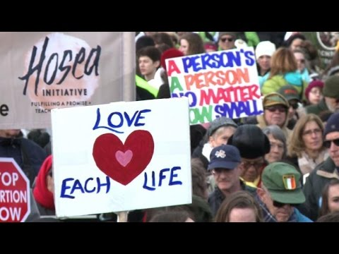 Thousands protest abortion in annual rally on National Mall