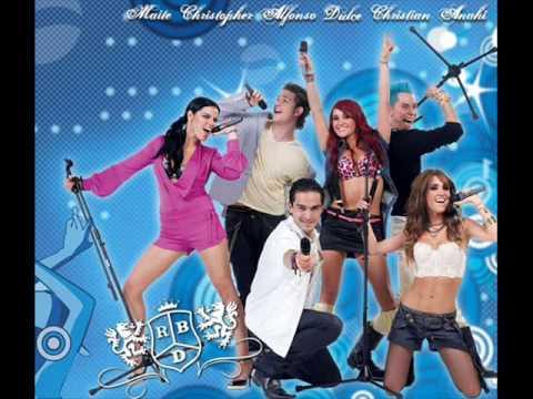 """**RBD** """"campana sobre campana (Navidad con Amigos 2006)"""