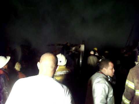 Bomberos Santo Domingo Oeste luchan como heroes
