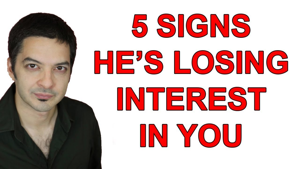 17 Signs Your Guy Is Losing Interest in You | PairedLife