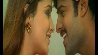 Adavi Ramudu Telugu Songs - Aakasam Sakshiga - Prabhas - Aarthi Agarwal