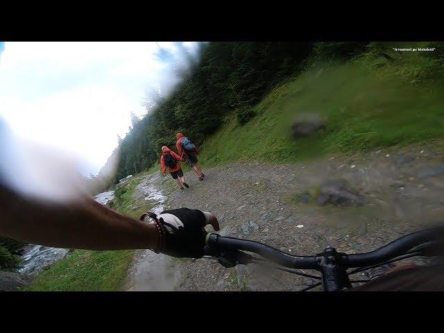 Aventuri pe bicicleta : Pe valea paraului Repedea