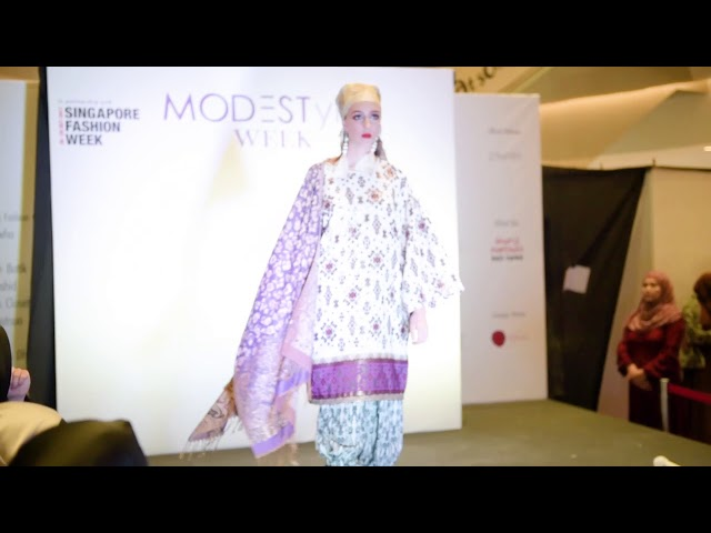 SINGAPORE FASHION WEEK 2017 - TUHFAH