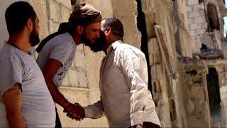أخبار حصرية | أهالي مخيم #درعا يعودون إلى منازلهم بعد قرار وقف اطلاق النار