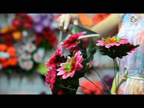 Распарка искусственных цветов в домашних условияхиз YouTube · С высокой четкостью · Длительность: 4 мин24 с  · Просмотры: более 22.000 · отправлено: 17.07.2015 · кем отправлено: Интернет-магазин искусственных цветов Kvitu.in.ua