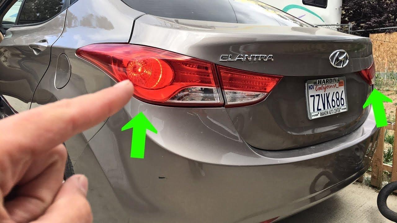 Hyundai Elantra Stop Brake Light Bulb Replacement 2011