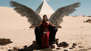 Смотреть клип Born Of Osiris - Angel Or Alien