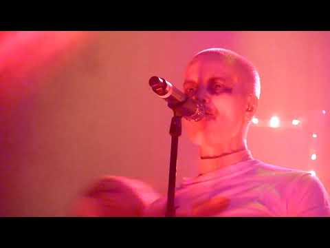 Fever Ray - I'm Not Done (live 2018) mp3
