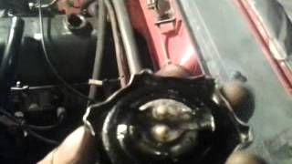 из сапуна прет бензином в чом беда