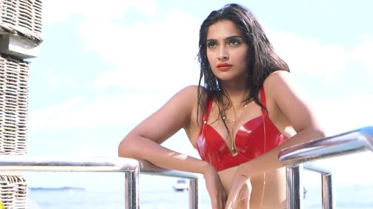 Bikini Sonam Kapoor nude photos 2019