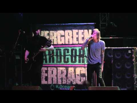 2011.03.14 Evergreen Terrace - Dogfight (Live in St. Louis) mp3
