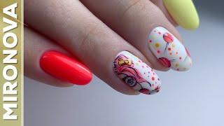 Яркий летний дизайн ногтей Рисунок от руки Комбинирований маникюр Покрытие гель лаком