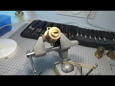 Взлом отмычками Mul-T-Lock 7x7  231 MULTLOCK 7x7