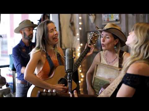 """The T Sisters """"Woo Woo"""" 