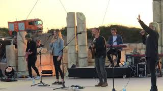 bethel music lion and the lamb live show at caesarea
