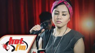 SAKURA BAND - MELEPASKANMU (LIVE) - Akustik Hot - #HotTV