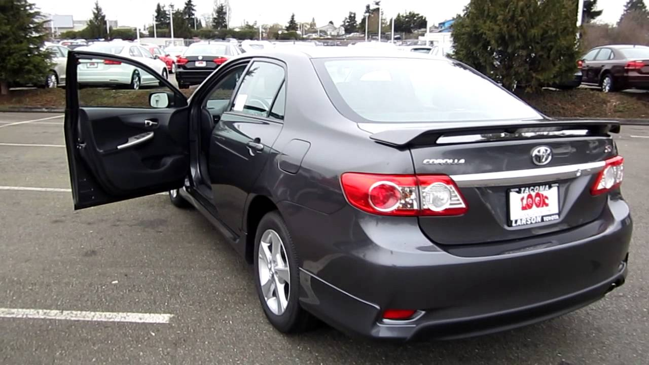 2013 toyota corolla s magnetic gray metallic stock 33182 walk. Black Bedroom Furniture Sets. Home Design Ideas