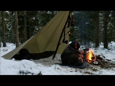 Simple Tarp and Snow - winter camping, solo overnighter, bushcraft tarp shelter, campfire cooking