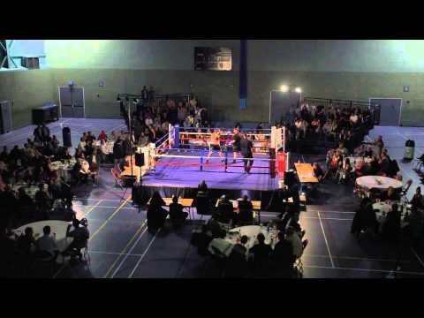 Showdown 2 - Nic Townsend v Chris Yendell