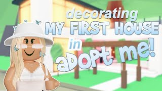 decorating my FIRST HOUSE in adopt me... big yikes