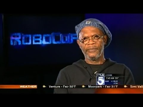 Reporter confuses Samuel L. Jackson with Laurence Fishburne