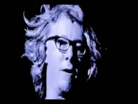 R.E.M. - Man Sized Wreath (Live)