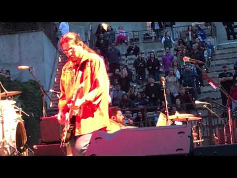 Los Lonely Boys - Saratoga Mountain Winery 5/28/17 EPIC PERFORMANCE of HEAVEN