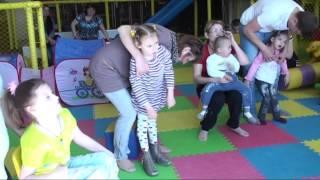 Развлекательная программа для детей с инвалидностью 2 июня 2014 года(Развлекательная программа для детей с инвалидностью в честь Международного дня защиты детей была проведен..., 2014-06-03T11:44:12.000Z)