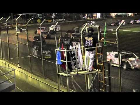 USMTS @ Upper Iowa Speedway Hunt Race #8 A Main  Jon Tesch #14    8 18 2012