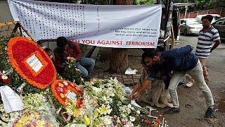 استمرار التحقيقات في هجوم بنجلادش ووصول جثامين الضحايا اليابانيين الى طوكيو