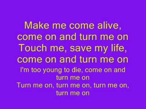 David Guetta Ft. Nicki Minaj - Turn Me On lyrics.