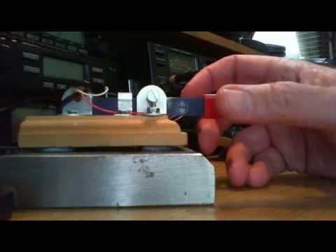 Hacksaw blade morse key QSO with UA3BAJ (Alex) in Moscow