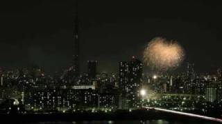 2011年8月27日に行われた隅田川の花火大会と亀戸(お祭りのプログラムの...