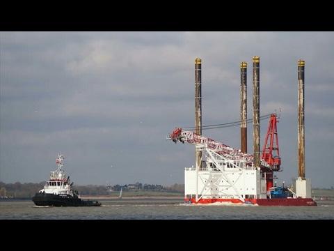 dutch tug DIAN KINGDOM towing WIND PIONEER from harwich 28/2/17