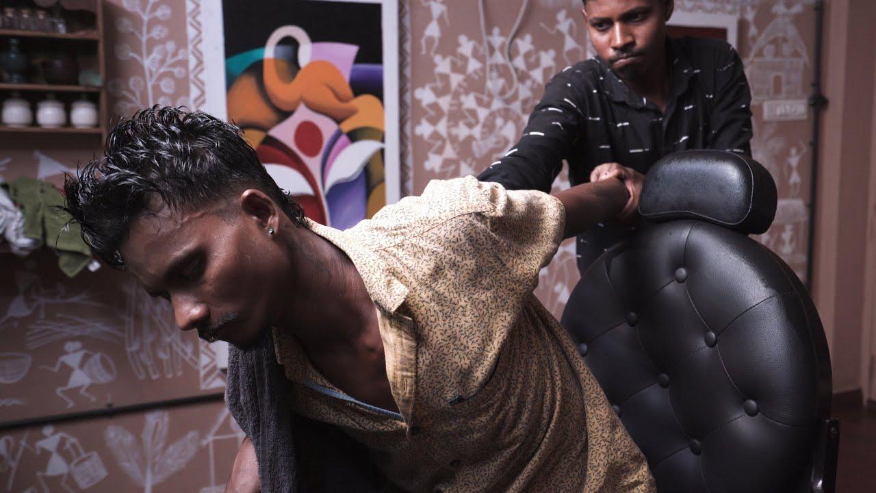 Master Cracker Getting Deep Tissue Head Massage from Vikram   Indian Massage