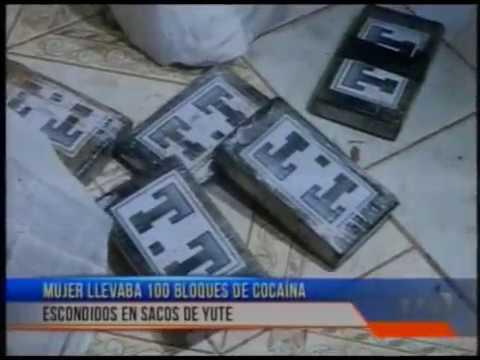 Capturan a mujer que transportaba 100 bloques de cocaína escondidos en sacos de yute